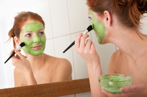 Softening Homemade Face Masks for Dry Skin