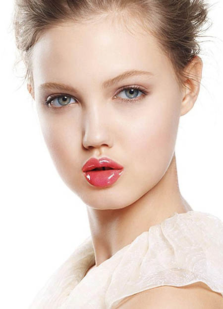 Makeup Tips for Oblong Faces