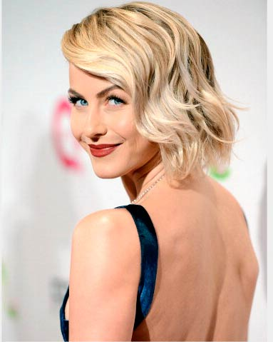 Gorgeous Christmas Hairstyles for Women