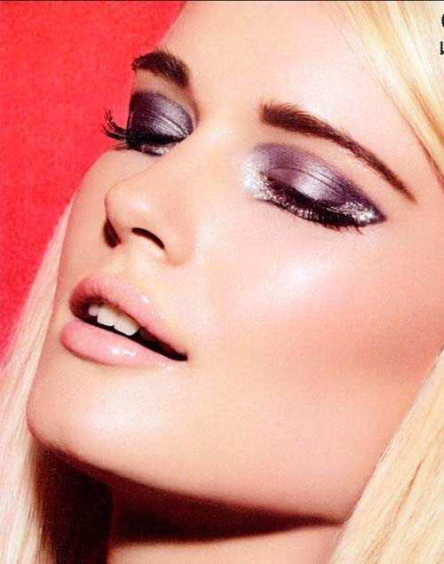 7 Christmas Makeup Ideas for a Gorgeous Look
