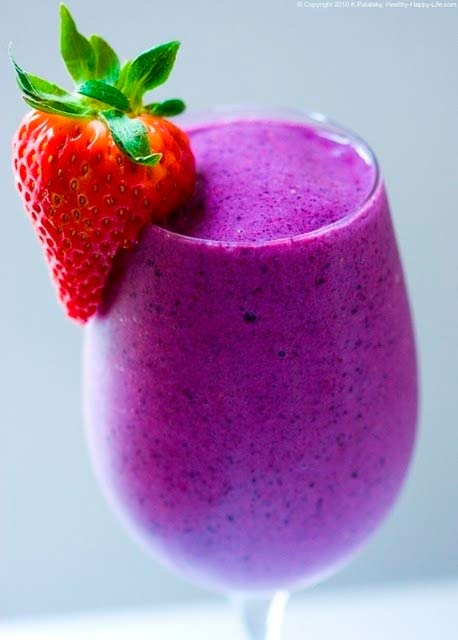 Delicious Holiday Festive Smoothies