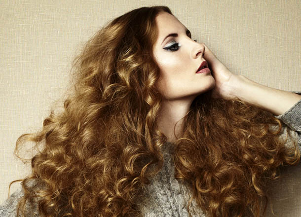 Stylish Women Hairstyles for Frizzy Hair