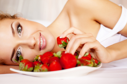 Whiten Teeth Naturally Strawberries 5 Natural Teeth Whiteners to