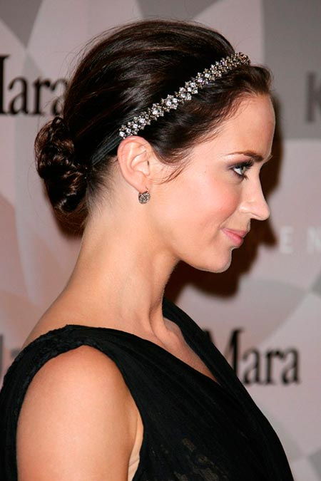 Hair Accessories Celebs Wear So Fashionably