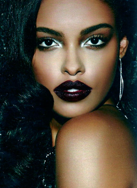 Beauty Tips and Tricks for Wearing Dark Lipstick Right