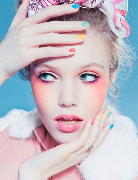 Precious Makeup Tips for Applying Blush Right