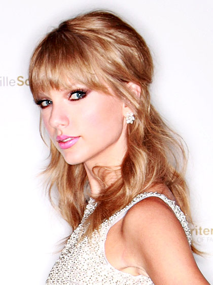 the gallery for gt half up half down hairstyles taylor swift