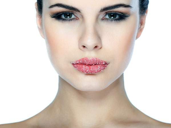 Makeup Tips to Make Thin Lips Look Fuller