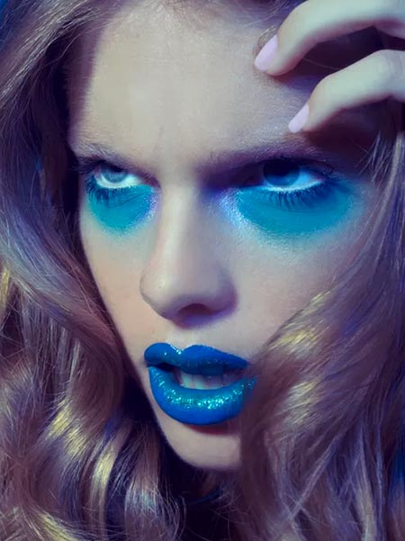 Tips for Wearing Blue Lipstick