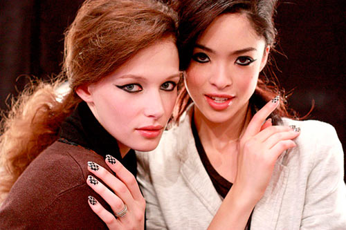 Two models with manicures