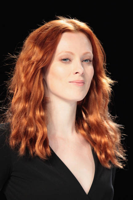 Model with wavy red hair