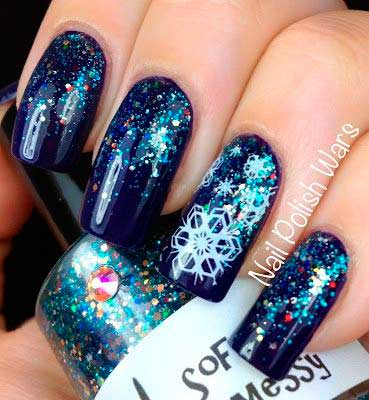 christmas nail art designs - Blue Christmas Nails
