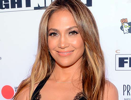 Jennifer Lopez with highlights in hair