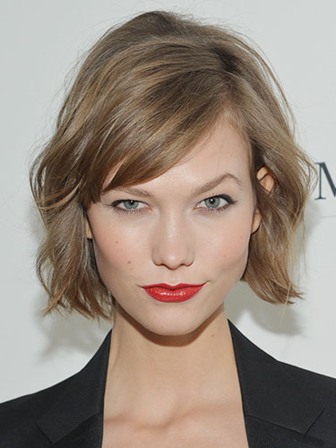 Karlie Kloss with short bob