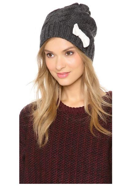 Model in gray beanie