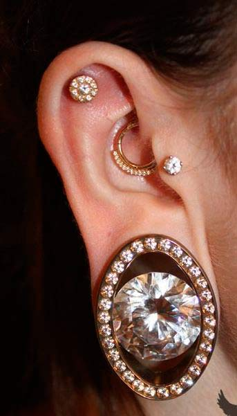Piercing Types and 80 Ideas On How to Wear Ear Piercings