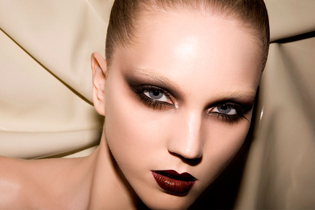 Bleached Brows Seem To Get More Powerful This Fall!