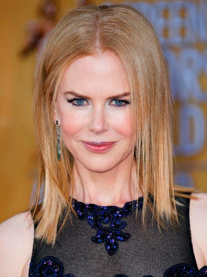 Nicole Kidman with sleek straight hair