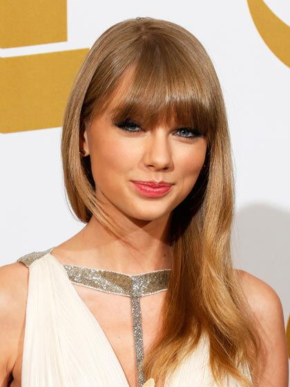 Taylor Swift with bangs hairstyle
