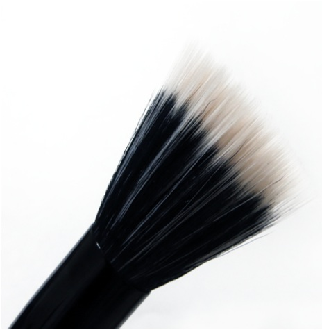 Foundation Stippling Brush