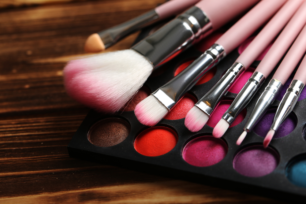 Makeup brushes and eyeshadow palette