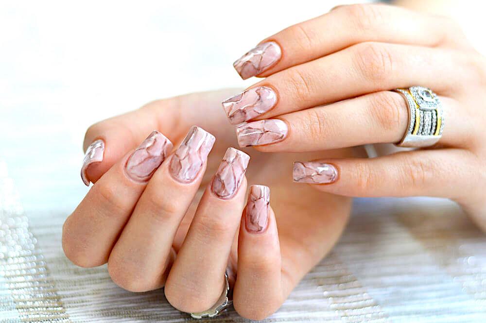 marbling effect nail art design