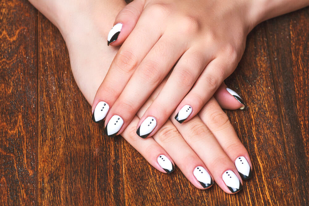 mini tuxedos nail art