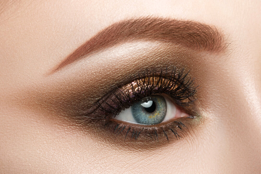 Close-up on smokey eyeshadow